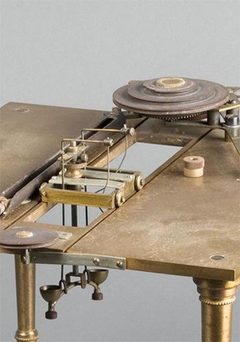 Hall-type Kinesimeter